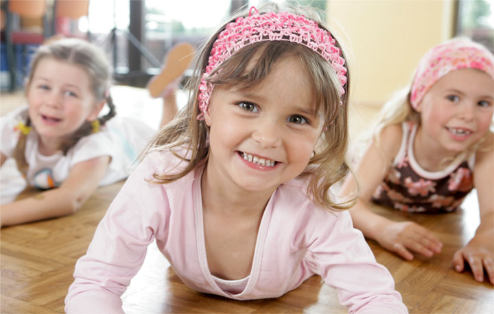 Mädchen beim Kindertanz